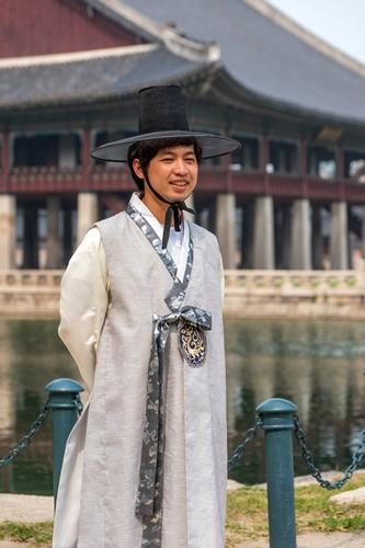 미얀마 한복 경복궁 투어